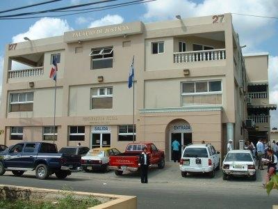20100226191900-fiscalia-de-santo-domingo.jpg