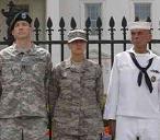 20101013003852-gays-militares.jpg