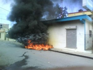 20111010205429-incendian-edenorte-rio-san-juan-300x225.jpg