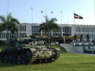 20130423221732-fuerzas-armadas-dominicana1.jpg